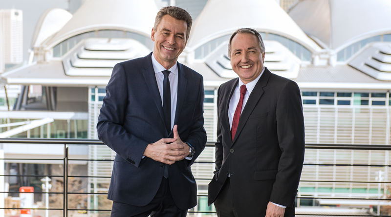 Detlef Braun, CEO of Messe Frankfurt Exhibition GmbH (left) and Oliver P. Kuhrt, CEO of Messe Essen Reifen Exhibition